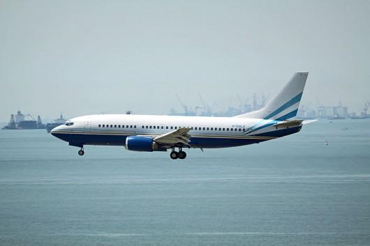 Biz-Jet B737-300
