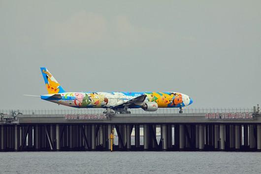 ANA/NH 全日空 B777-300 ピースジェット