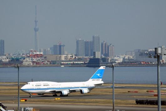 到着したB747-400