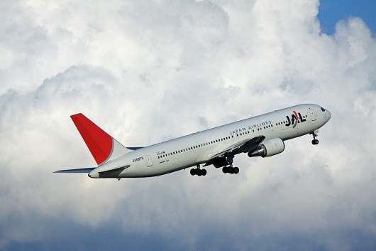 JL/JAL/日本航空 B767-300 JA8976