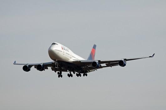 DL/DAL/デルタ航空 B747-400 N672US