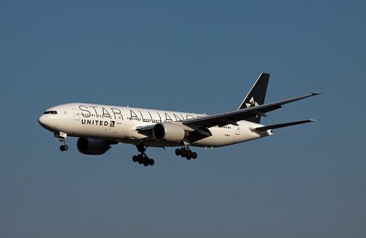 UA/UAL/ユナイテッド航空 B777-200ER N218UA