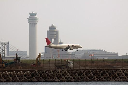 JL/JAL/日本航空 EMB170 JA216J