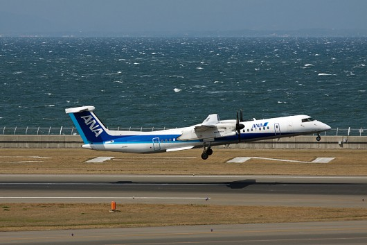 EH/AKX/エーエヌエーウイングス(全日空) DHC-8-Q400 JA848A