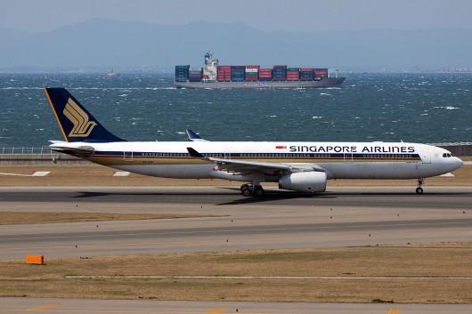 SQ/SIA/シンガポール航空 A330-300 9V-STR