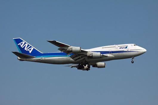 B747-400D JA8960