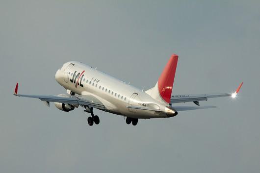 XM/JLJ/J-AIR EMB170 JA219J
