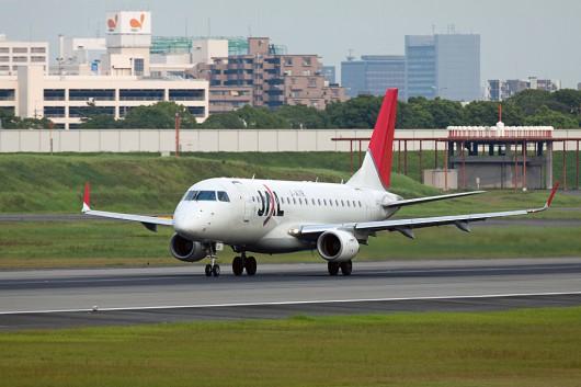 XM/JLJ/J-AIR EMB170 JA212J