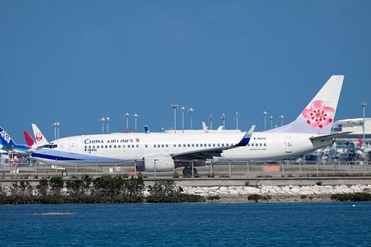 CI/CAL/中華航空 B737-800 B-18612