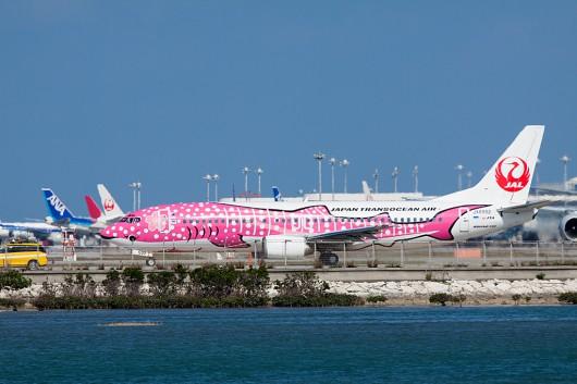 "NU/JTA/日本トランスオーシャン航空 B737-400 JA8992 Pink Whale Shark""ピンク ジンベイ"""