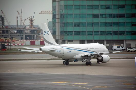 コムラックス・マルタ A319 9H-MCE