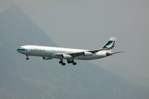 CX/CPA/キャセイパシフィック航空 A340-300 B-HXF