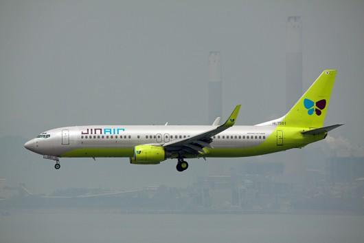 LJ/JNA/ジンエアー B737-800 HL-7561