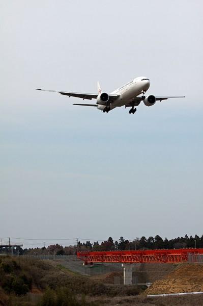 JL/JAL/日本航空 B777-300ER JA737J