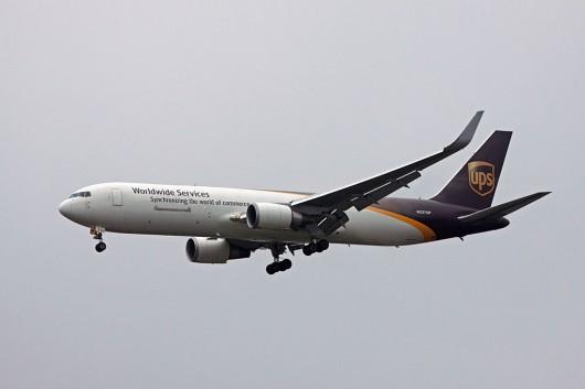 5X/UPS/UPS航空 B767-300F N337UP