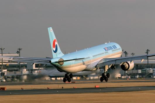 KE/KAL/コリアンエアー  A330-300 HL-7710