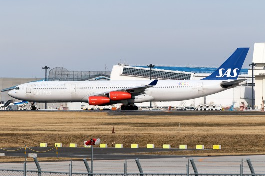 SK/SAS/スカンジナビア航空 SK984 A340-300 LN-RKG