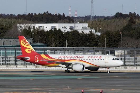 UO/HKE/香港エクスプレス航空  A320 B-LPE