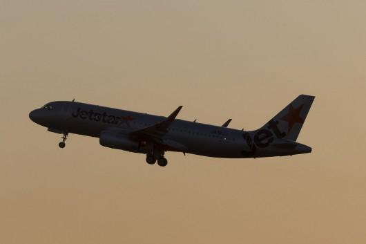 GK/JJP/ジェットスタージャパン  A320 JA18JJ