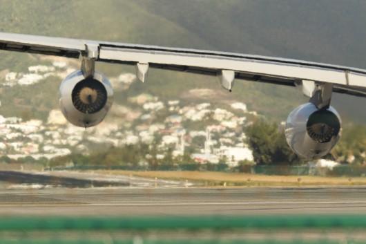 AF/AFR/エールフランス AF498 A340-300 F-GLZR