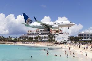 UA/UAL/ユナイテッド航空 UA1629 B737-700 N23708