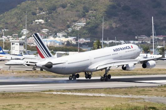 AF/AFR/エールフランス AF498 A340-300 F-GLZK