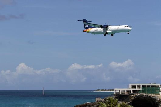 LI/LIA/リアット  ATR72 V2-LIB
