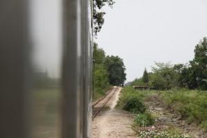 メークロン線の線路