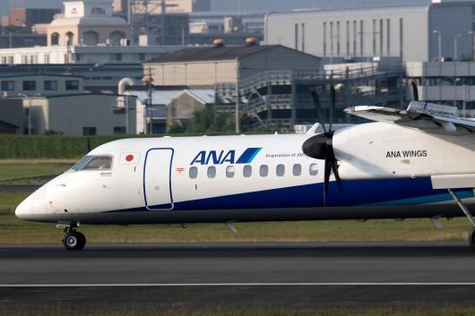 EH/AKX/ANAウイングス  DHC-8-400 JA462A