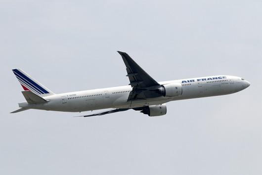 AF/AFR/エールフランス AF275 B777-300ER F-GZNB