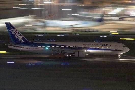 NH/ANA/全日空  B767 JA8322