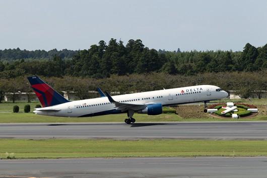 DL/DAL/デルタ航空 DL298 B757 N536US
