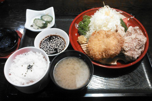 鳥あわせ定食(1000円)