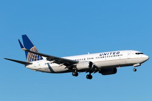 UA/UAL/ユナイテッド航空  B777-200ER N76010