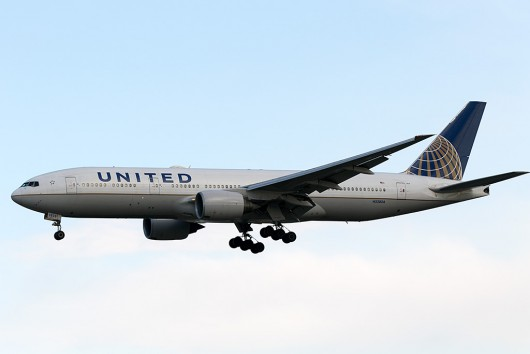UA/UAL/ユナイテッド航空  B777-200ER N228UA