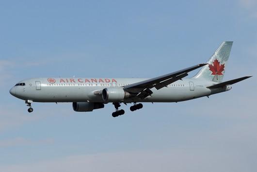 AC/ACA/エアカナダ  B767-300ER C-FOCA