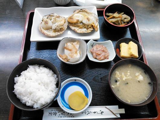 ホタテバター焼き定食(1240円)