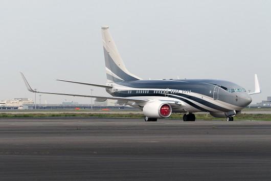 Biz/Biz-Jet  B737-700 VP-CZW