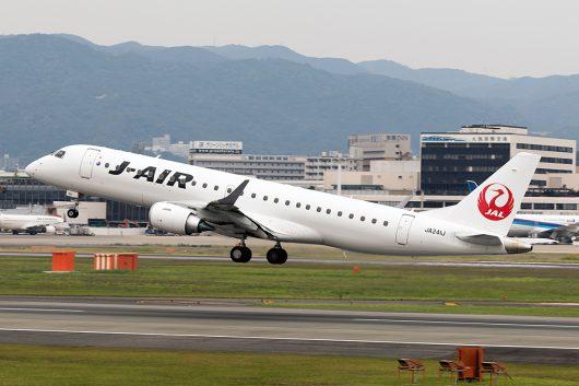 XM/JLJ/ジェイエア  ERJ-190 JA241J