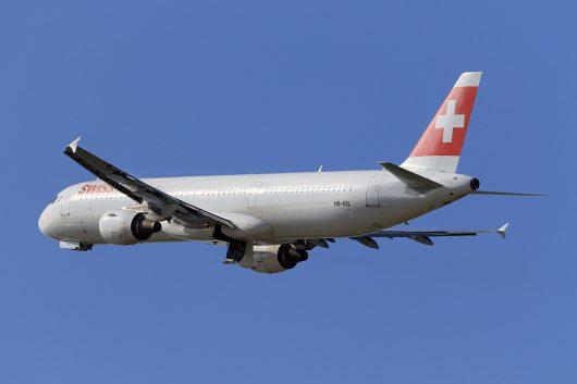 LX/SWR/スイス国際航空  A321 HB-IOL