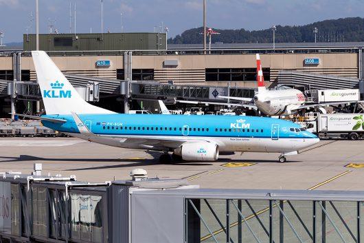 KL/KLM/KLMオランダ航空  B737-700 PH-BGM