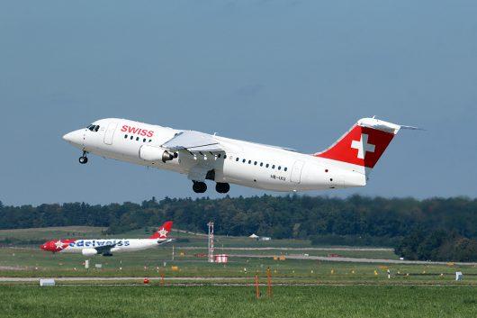 LX/SWR/スイス国際航空  ARJ100 HB-IXU