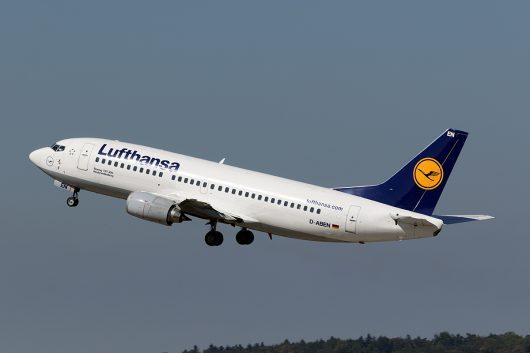 LH/DLH/ルフトハンザ・ドイツ航空  B737-300 D-ABEN