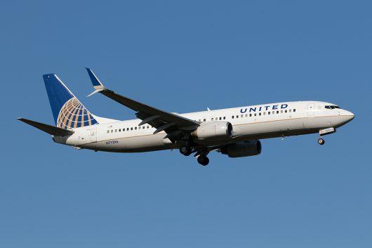 UA/UAL/ユナイテッド航空 UA196 B737-800 N77296
