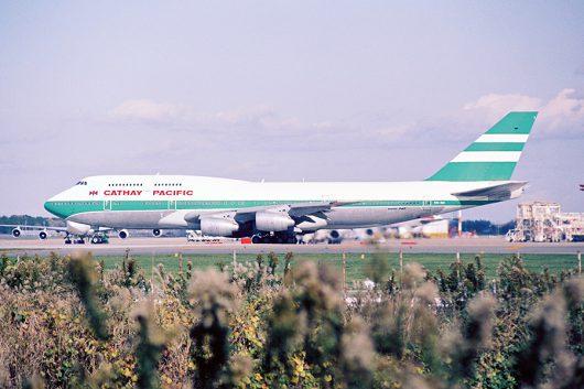 CX747-300 at NRT