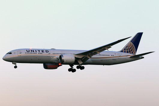 UA/UAL/ユナイテッド航空  B787-9 N26952