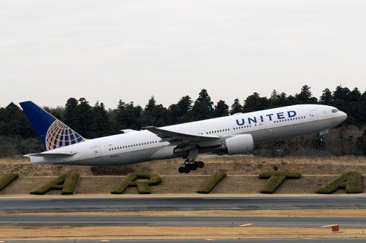 UA/UAL/ユナイテッド航空 UA827 B777-200 N210UA