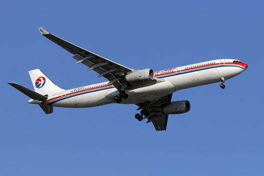 MU/CES/中国東方航空  A330-300 B-6507