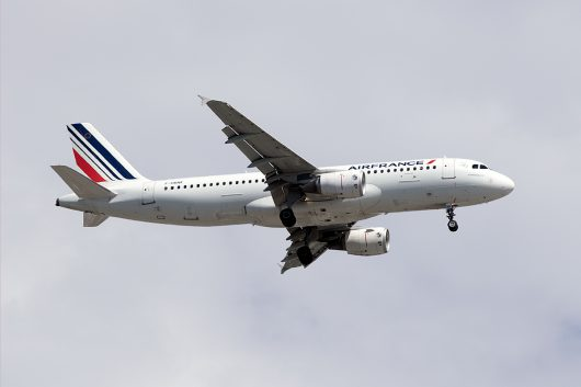 AF/AFR/エールフランス  A320 F-HBNK