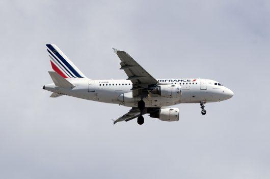 AF/AFR/エールフランス  A318 F-GUGQ